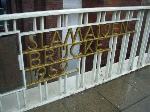 Slamatjenbrücke 01 Schild